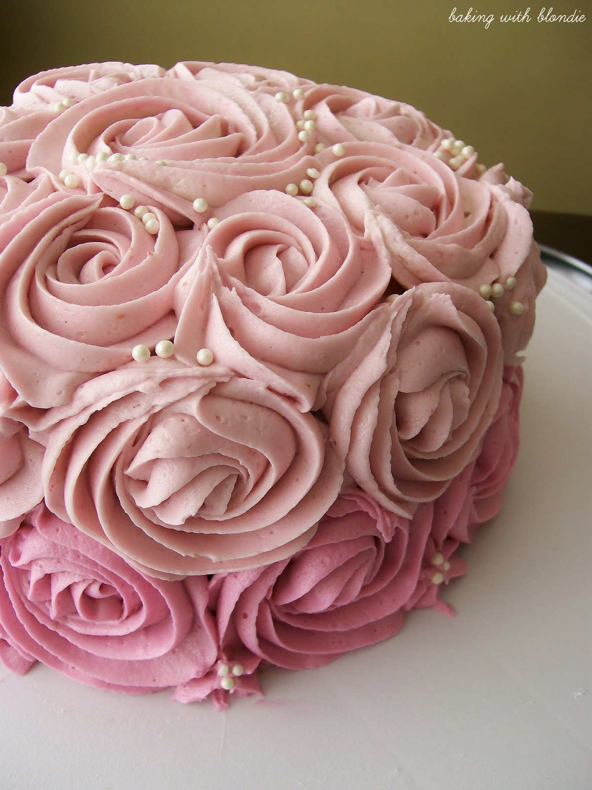 cake decorating roses instructions