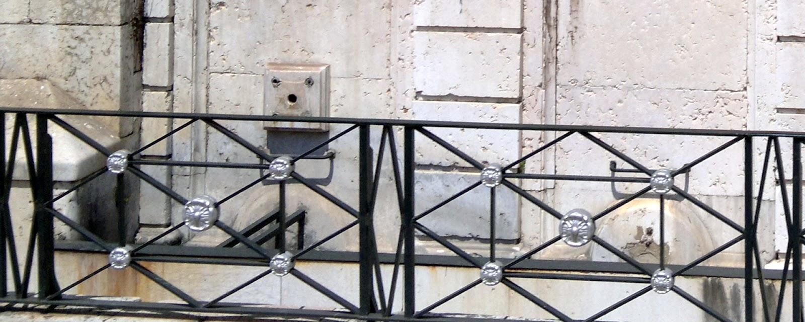 Archi tetti arredo urbano in ferro for Archi arredo