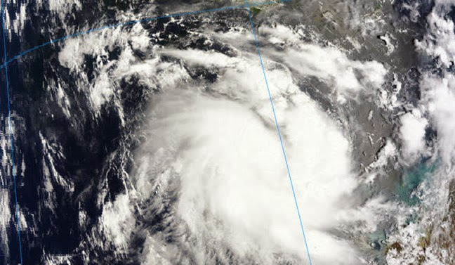 TROPICAL CYCLONE ALESSIA MOVES TOWARD AUSTRALIA