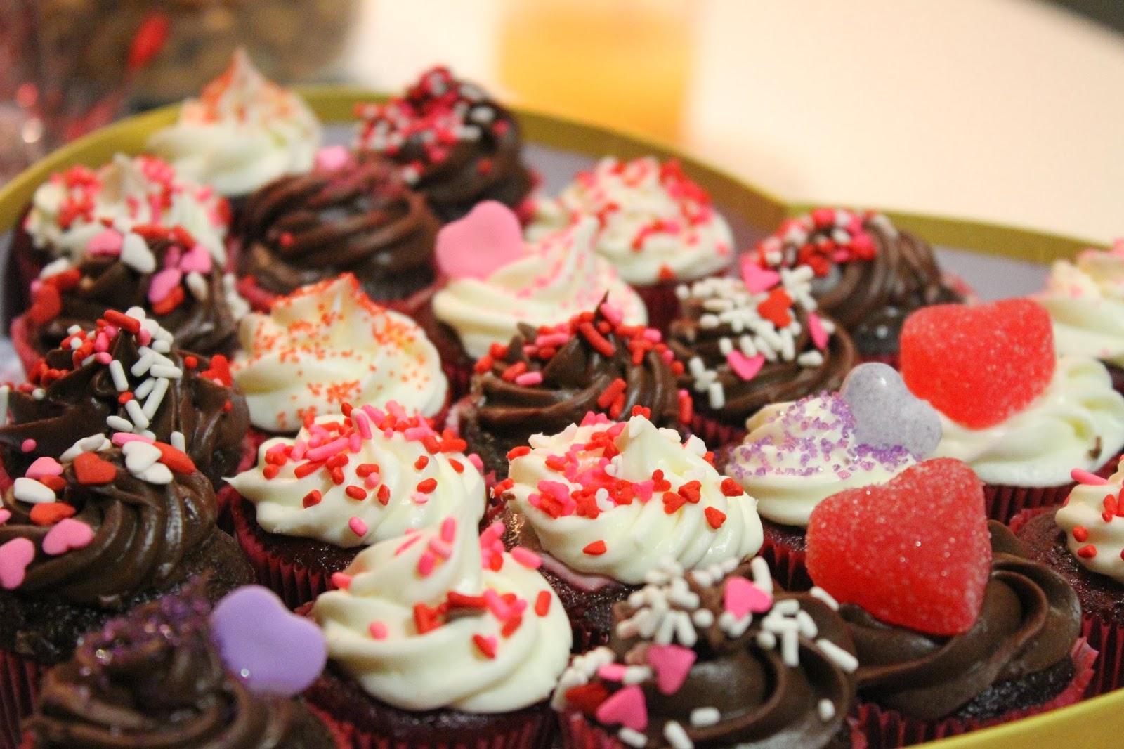 Valentine's Day Mini Cupcakes