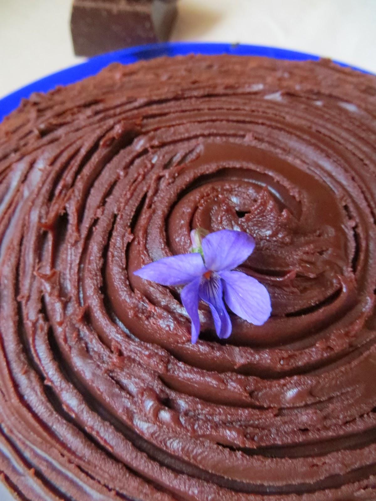 torta moretta farcita al cioccolato bianco