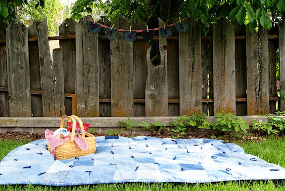 Keep It Simple In Your Backyard Or Venture Out To Favorite Picnic Spot