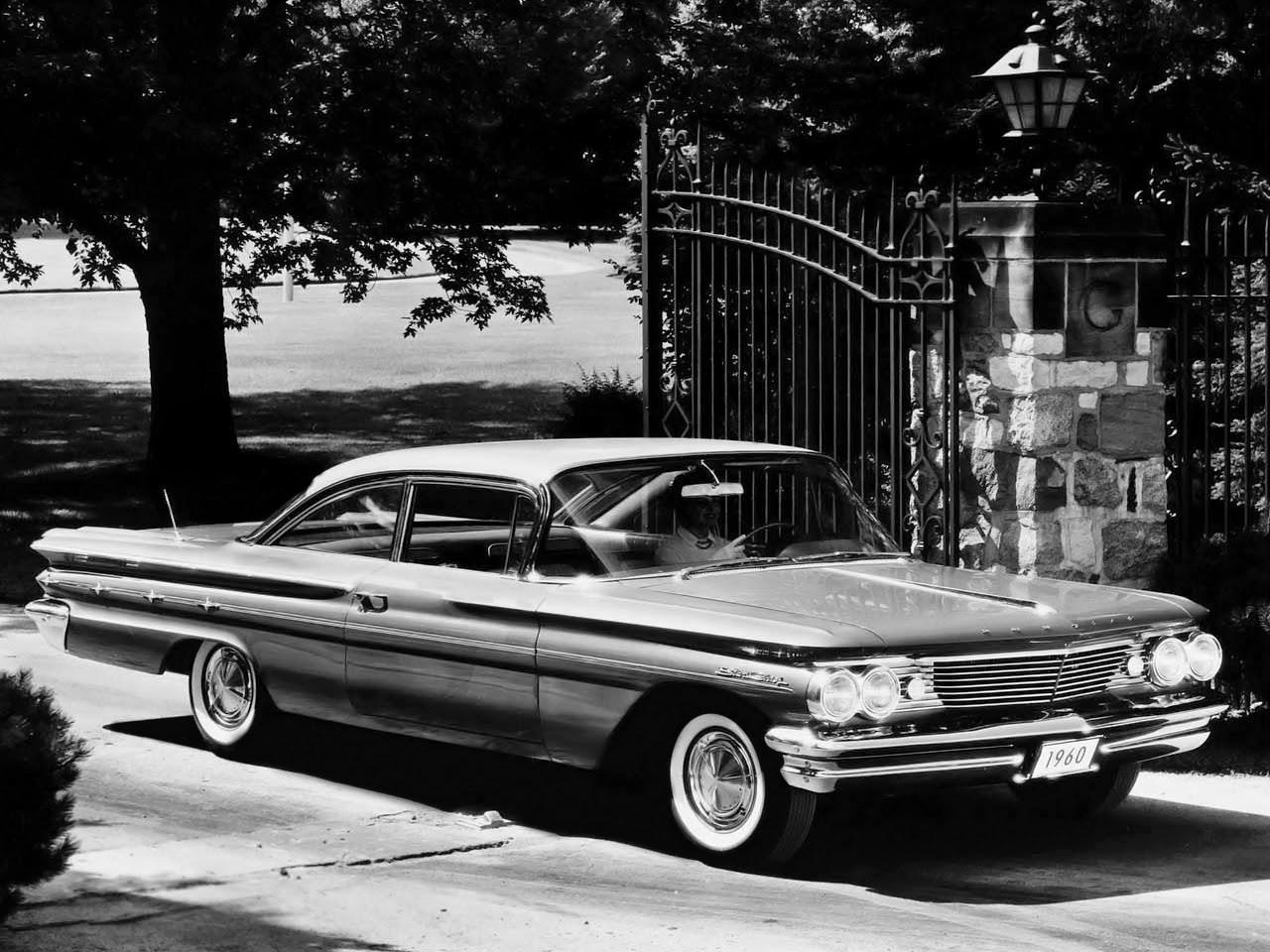 Autos Classiques Pontiac 1960 Star Chief Une Nouvelle Srie Caractre Sportif La Ventura Est Propsoe Pour Suisse Gamme Comprend Les Modles Sedan Et Coup