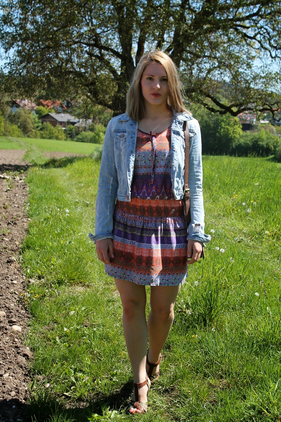 Fashionblogger Austria / Österreich / Deutsch / German / Kärnten / Carinthia / Klagenfurt / Köttmannsdorf / Spring Look / Classy / Edgy / Hippie / Summer / Trend / Summer Look / Even and Odd / Ernstings Family / H&M / Dress /