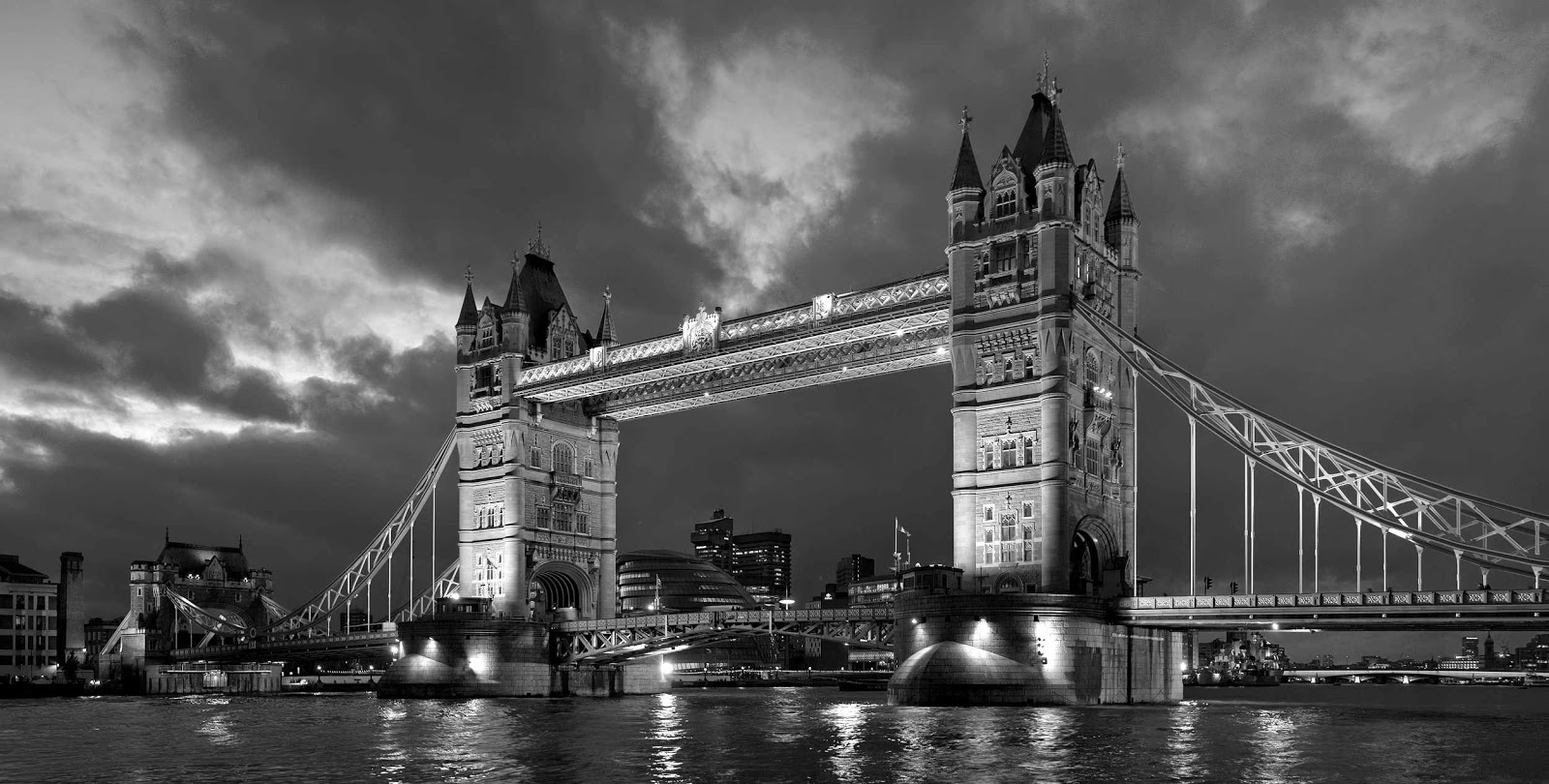 London Bridge At Night Photo Black And White