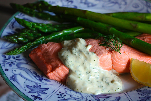 Riesling Poached Salmon with Mustard-Dill Sauce