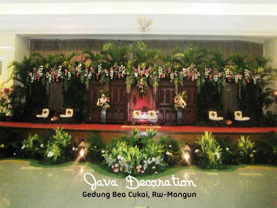 Contoh Dekorasi Pernikahan Pelaminan Minimalis Modern Tradisional Gebyok 5