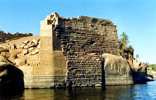 مقياس النيل فى اسوان