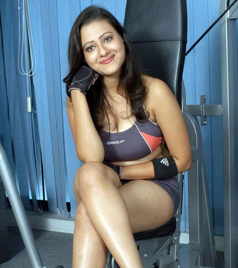VERY VERY SEXY WALLPAPERS OF TELUGU ACTRESS MADALASA SHARMA hot images