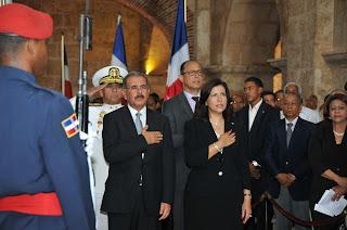 Danilo encabeza actos de exaltación de Caamaño al Panteón Nacional