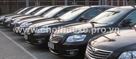 Cho thuê xe Camry hạng sang Toyota Camry 2.4 G