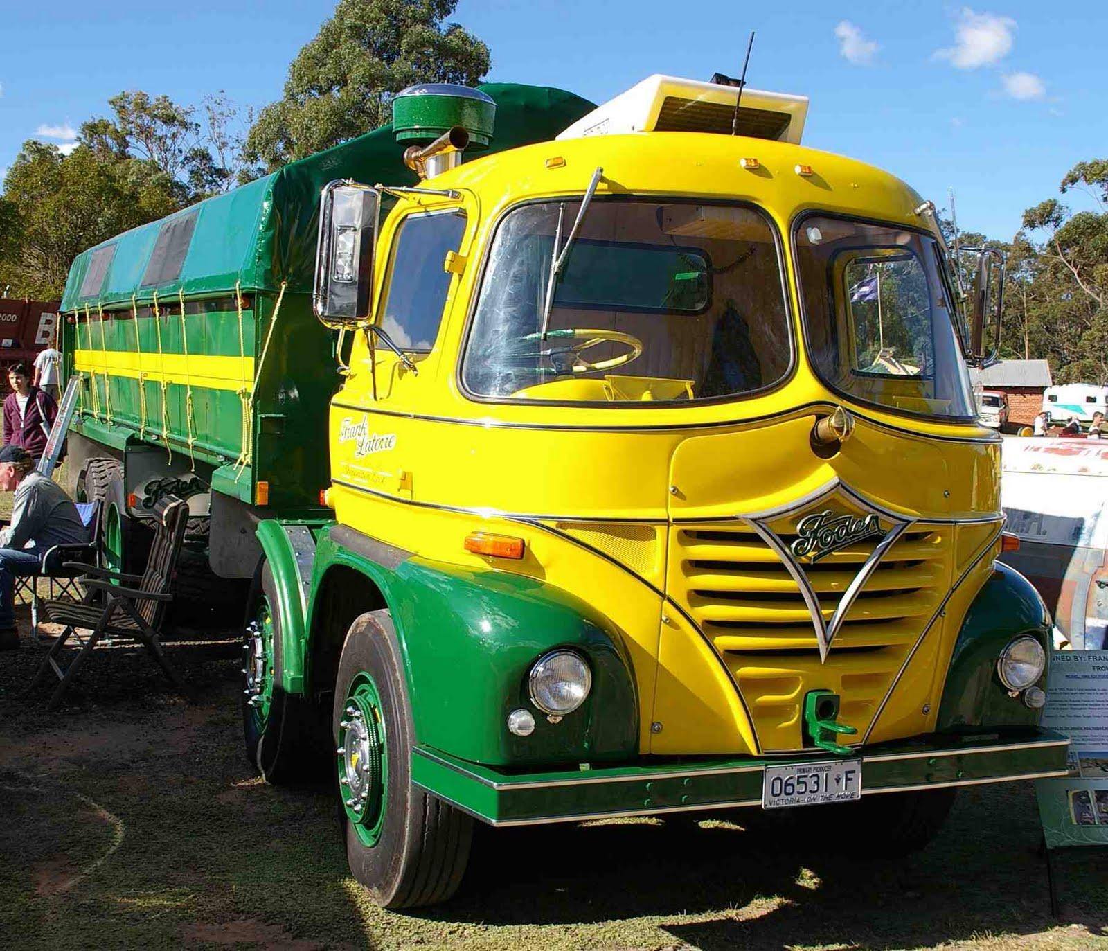 Historic Trucks: Hunter Valley Vintage Truck Muster 2011 - part 1
