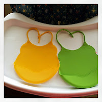 Cute Waterproof Silicone Baby Bibs with Food Catcher