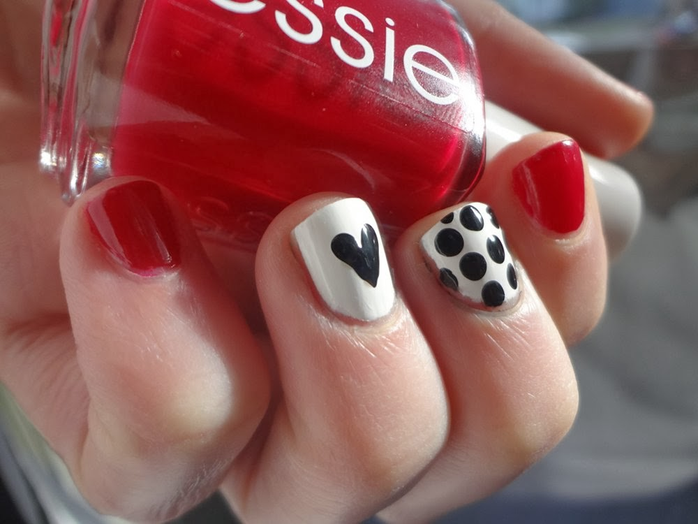 Heart and polka dots Valentine's Day nails
