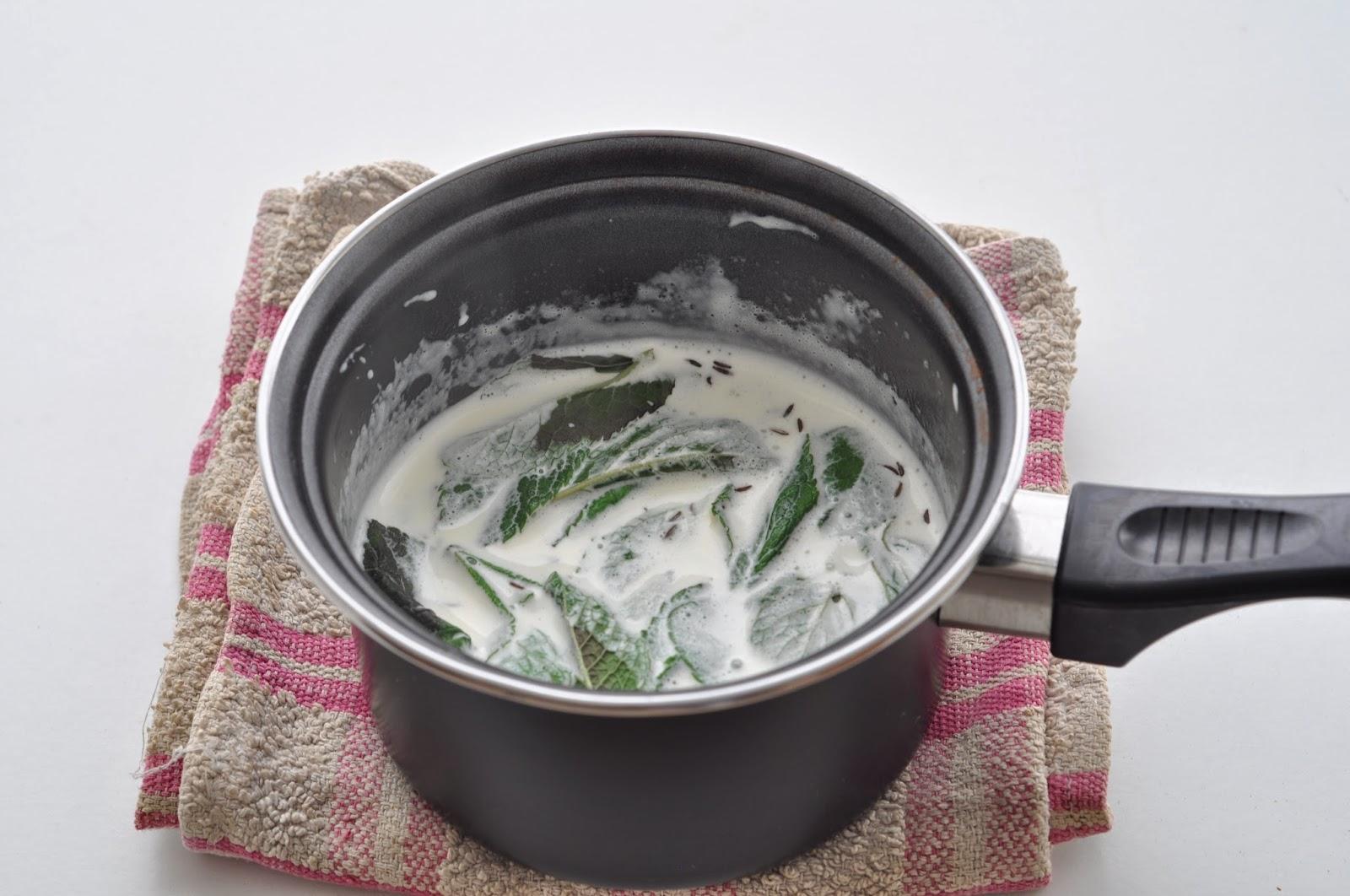 Mint Infused White Chocolate Sauce ~ Simple Food