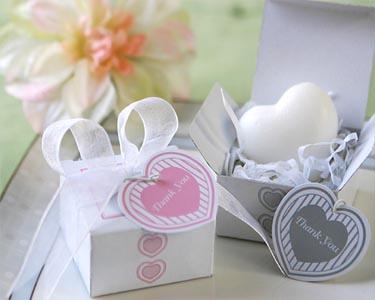 Wedding Gift Ideas Low Budget : Sesuaikan dengan budget. Souvenir yang bagus dan bermanfaat tidak ...