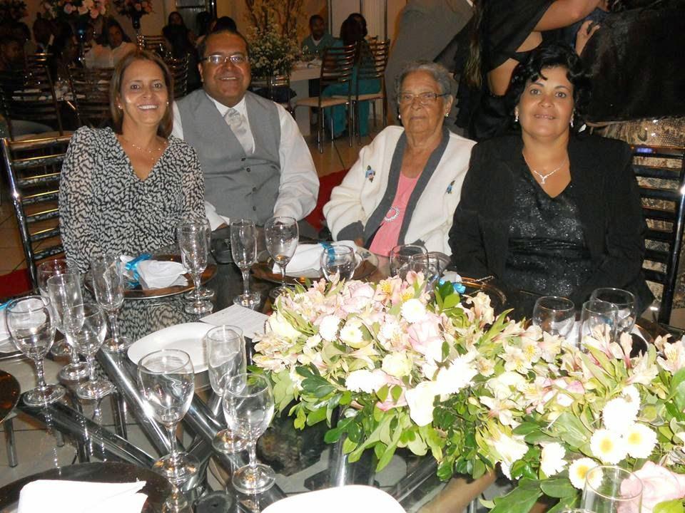 Eu, minha mãe e 2 irmãs:          4 diagnósticos de ELA Familiar
