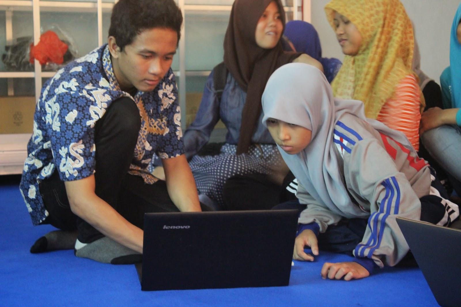 Pelatihan ArcGIS di SMAN 2 Purworejo
