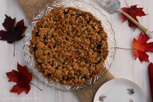 Date Crumb Pie