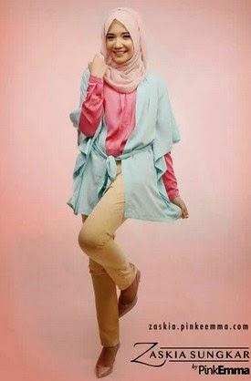 Gaya Hijab Casual Zaskia Sungkar