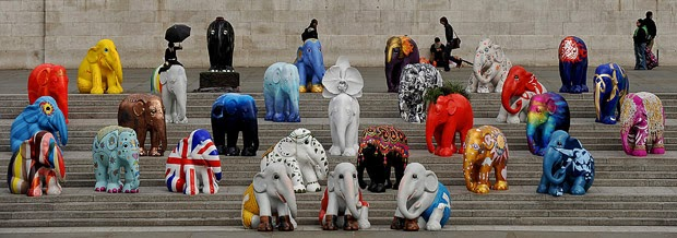 Baby Elephant Statues on trafalgar square's stairs