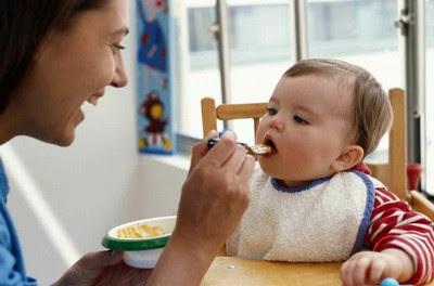 Hindari alergi makanan bayi