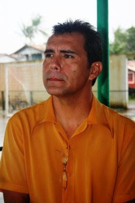 Prefeito Brasileiro lança campanha de exterminio de cães