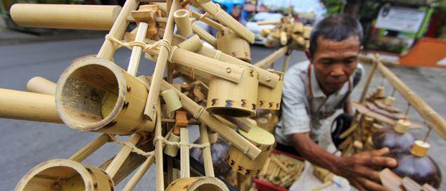 Contoh Kerajinan Dari Bambu Yang Menghasilkan Uang