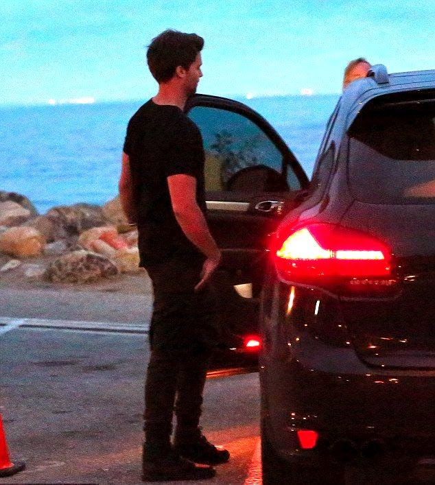 The singer was spotted striding away with Patrick Schwarzenegger after enjoying a delicious food at Nobu restaurant in Malibu, CA, USA on Saturday, November 29, 2014.