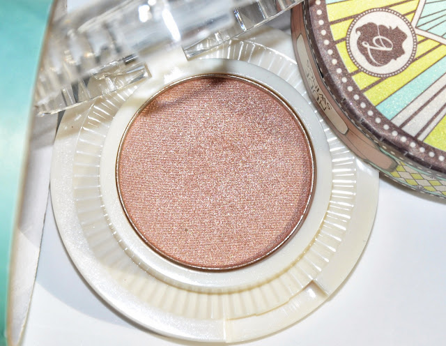 BENEFIT Longwear Powder Shadow #Nude Swings и #Milk It!