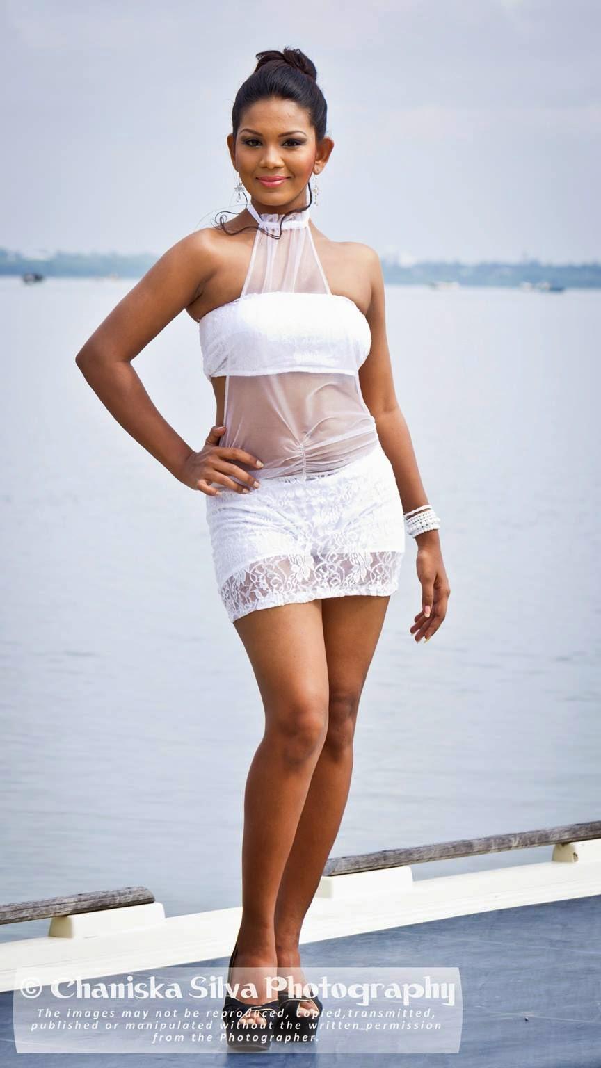 Imasha Dilshani white short skirt