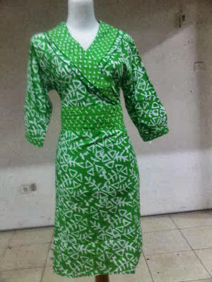 Baju Batik Wanita, Batik Wanita Atasan, Model Batik Wanita, Batik