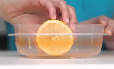 Tips Menghilangkan Noda dan Minyak Dari Wadah Pelastik dengan Cuci Pelastik