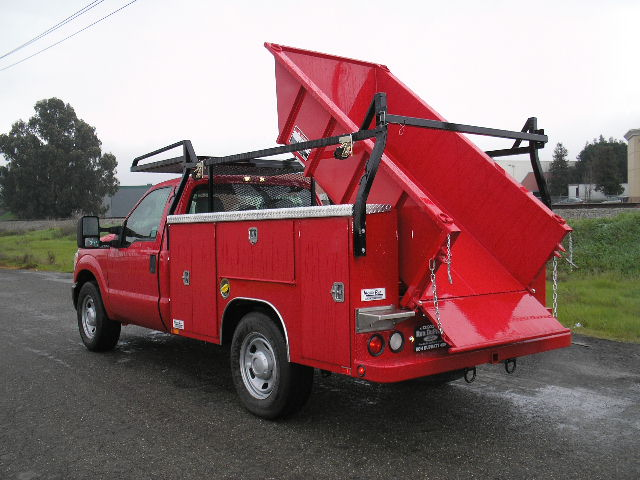 Truck Harbor Service Body Dump Liner With Rugby Hoist