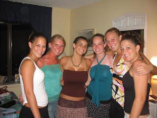 Hot ladies - rs-10656-758644.jpg