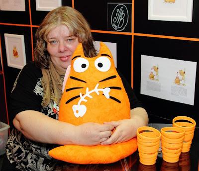 Ольга Сотникова - автор дизайнов про кота Pookie