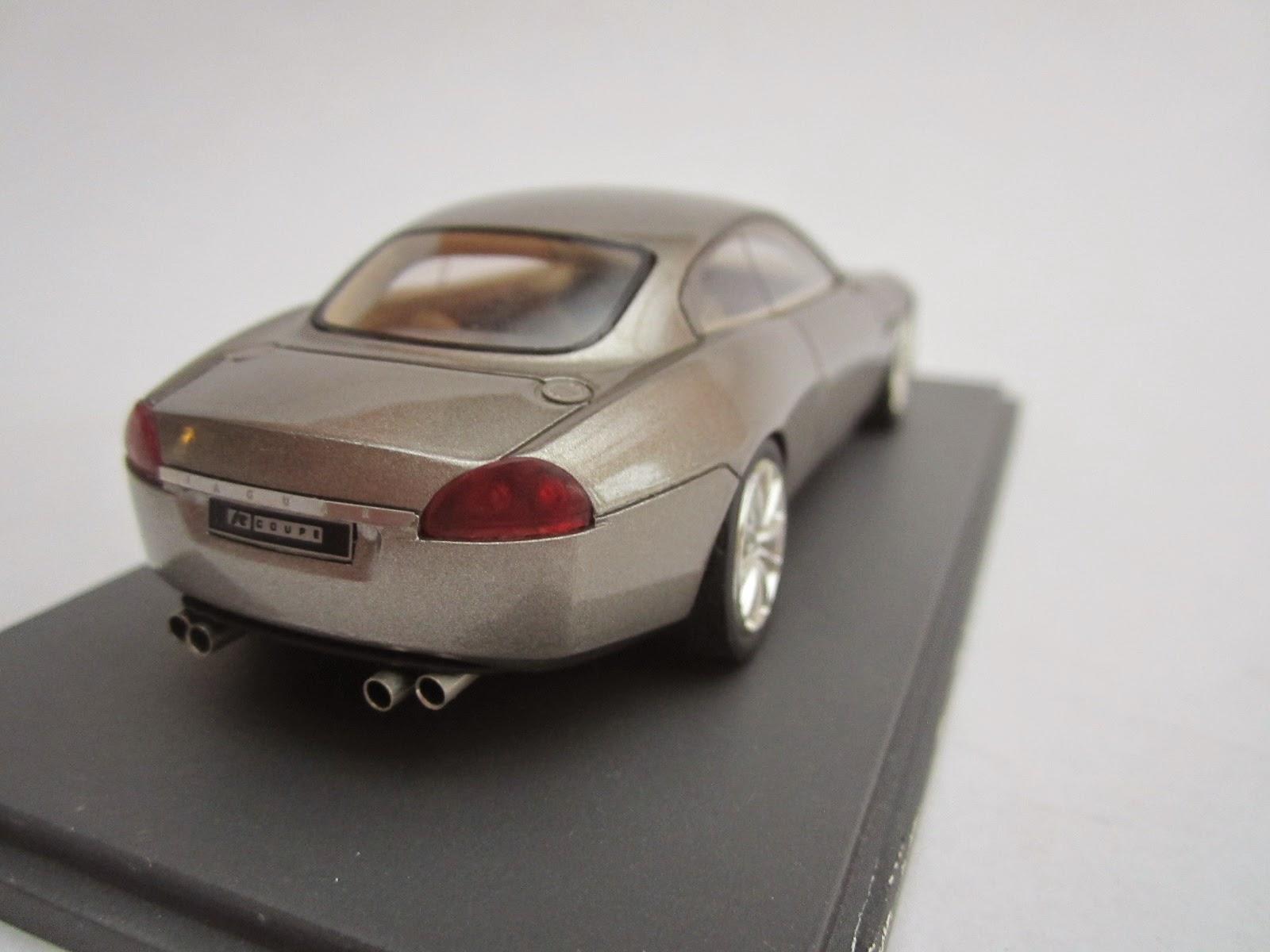 2008 Jaguar R Coupe Concept photo - 2