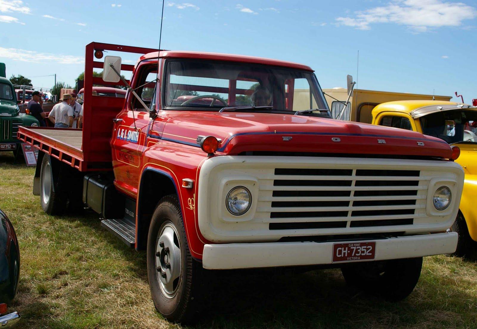 Historic Trucks: HCVC Ballarat Branch Clunes Truck Show 2011 - Part 2