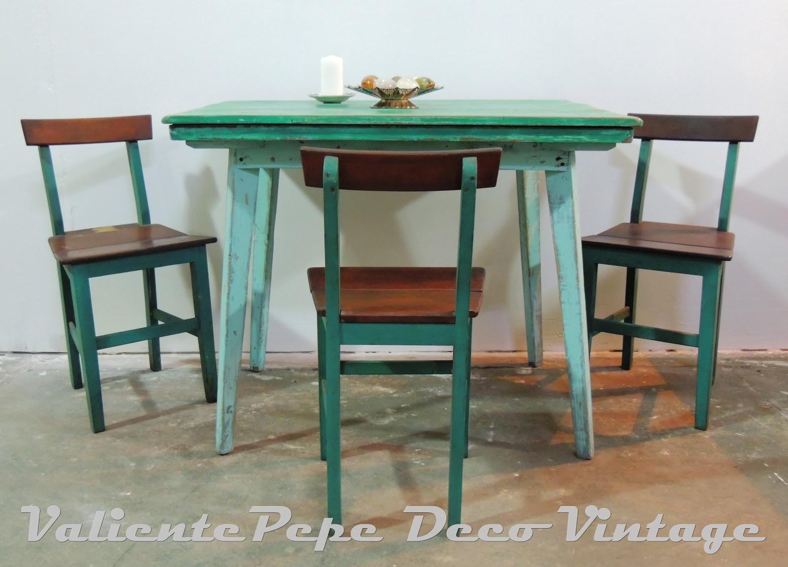 Antigua mesa de campo pata americana patinada en tonos de - Mesas de campo ...