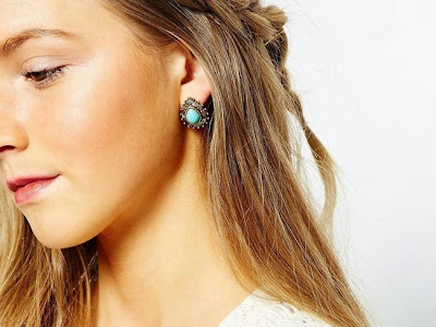 http://www.krisztinawilliams.com/2015/03/the-hottest-jewelry-trends-for-2015.html