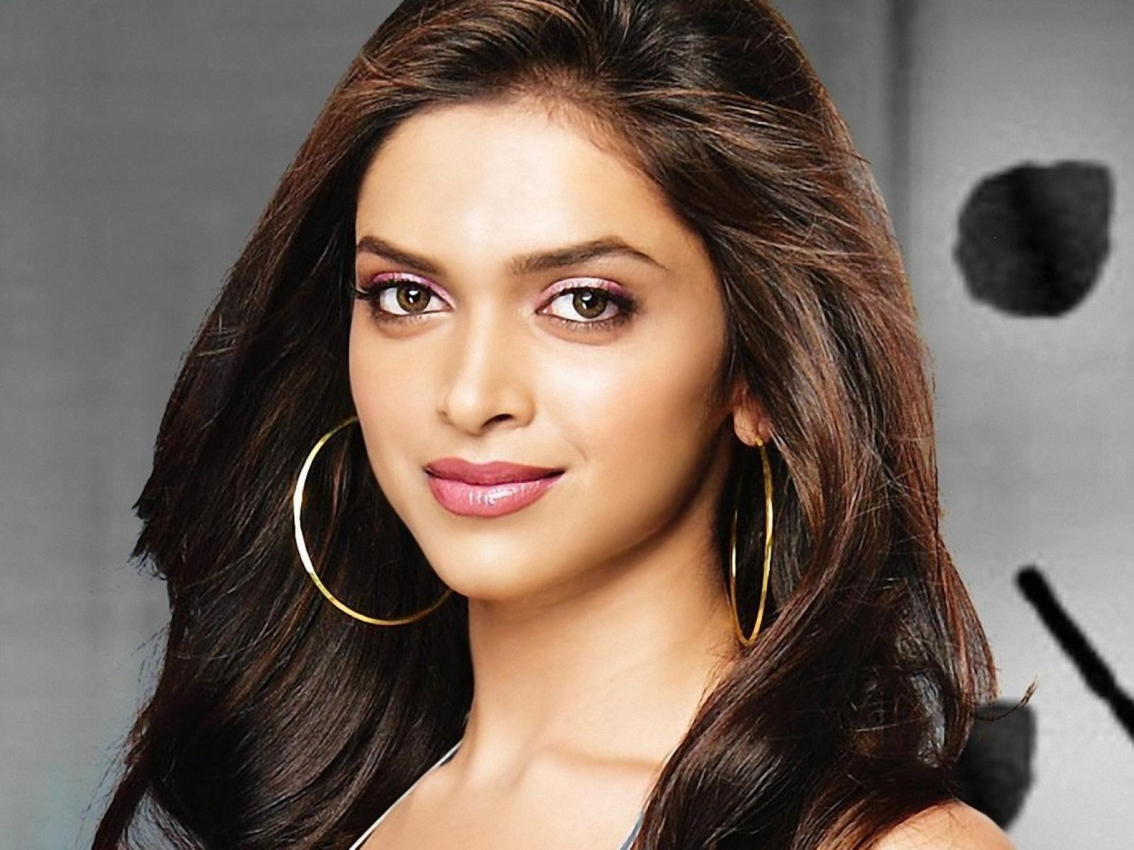 Ethnic background of celebrities - Deepika