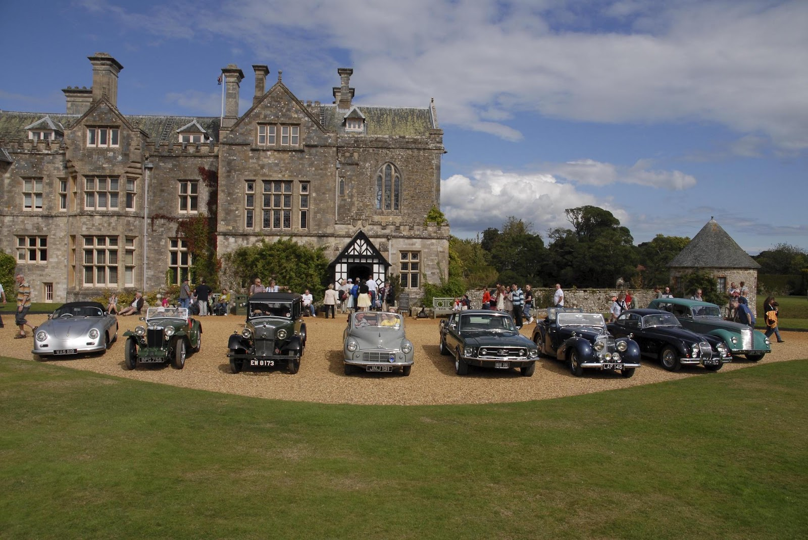 Treasure Houses of England: Beaulieu Goes Classic Car Crazy For ...