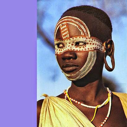 AFRICA EM NOS