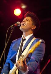 Bruno Mars .