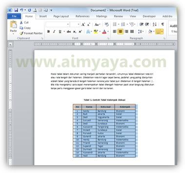 Gambar: Contoh tabel ditengah-tengah halaman di microsoft word