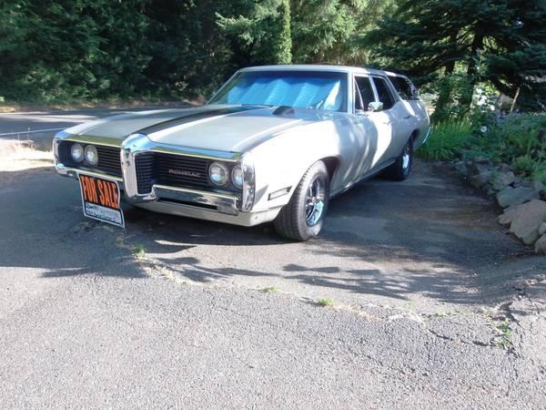 1969 Pontiac Custom S Wagon