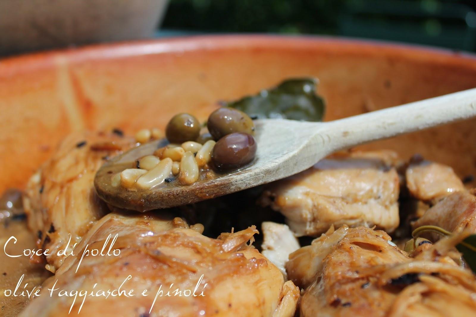La cucina di zia Simonetta: Cosce di pollo, olive taggiasche e pinolo