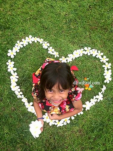 dzarifa,love picture,jalan jalan ke Taman nermada lombok