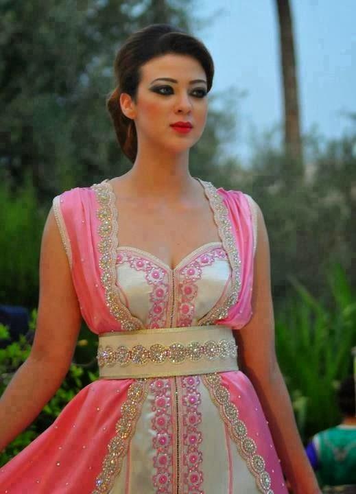 caftan marocain 2014 boutique vente en ligne takchita caftan moderne 2018 boutique vente. Black Bedroom Furniture Sets. Home Design Ideas