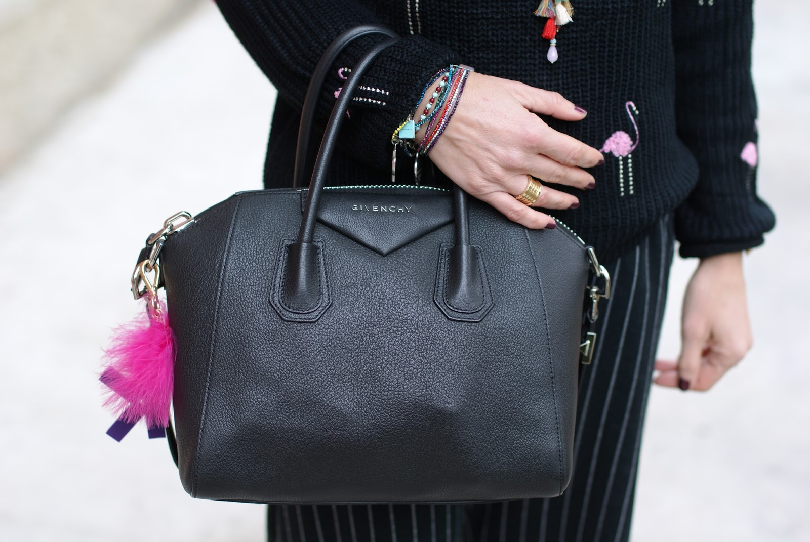 Givenchy Antigona bag on Fashion and Cookies fashion blog, fashion blogger style